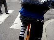 Italian bike messenger sulla gazza modena