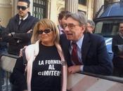 Fornero cimitero: Oliviero Diliberto fotografato insieme manifestante