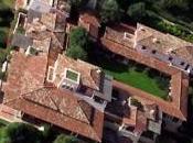 Villa Certosa: lavori fermi possibili abusi